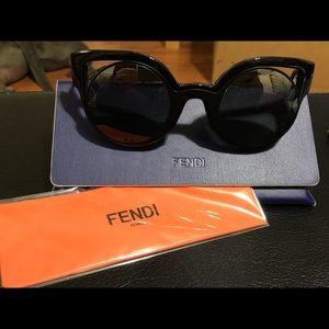 WOMENS FENDI round cateye sunglasses